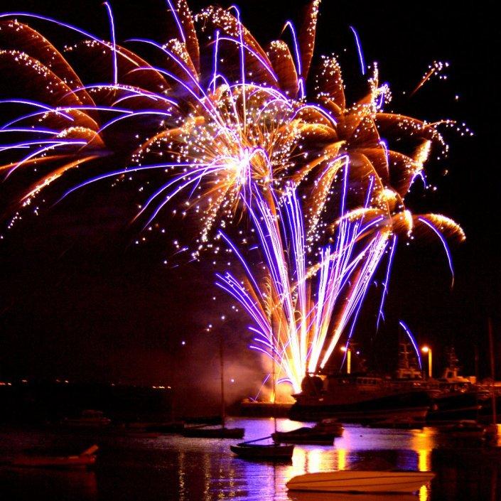 fireworks-web-2.jpg